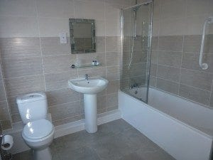rooms - en-suite with bath